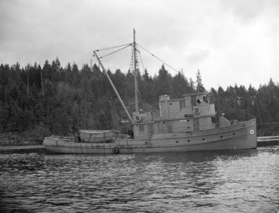 Öicense Public Domain (http://searcharchives.vancouver.ca/fish-boats-at-bedwell-bay-2)